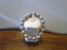 NEW LIGHT GRAY SHELL PEARL SILVER STRETCHABLE BRACELET in Quantico, Virginia