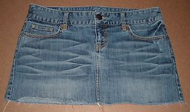 Women's Size 8 American Eagle Outfitters Denim Jean Mini Skirt in Chicago, Illinois